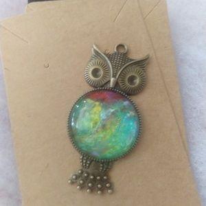 Jewelry - Antique bronze pendant & necklace